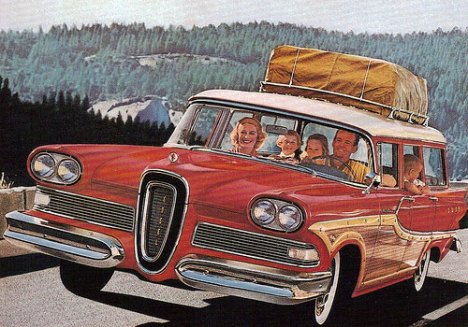 50s-station-wagon-family-road-trip