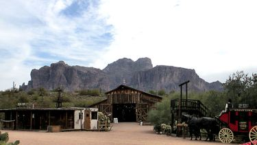 apacheland-movie-ranch-arizona