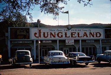 jungleland-thousand-oaks