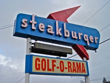 steakburger-golf-o-rama-hazel-del-washington-sign2