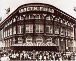 Ebbets_Field_Outside2