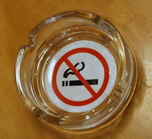 oxymoron_ashtray_