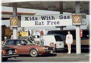 kids-with-gas-sign