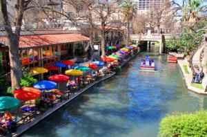 san-antonio-riverwalk-newer