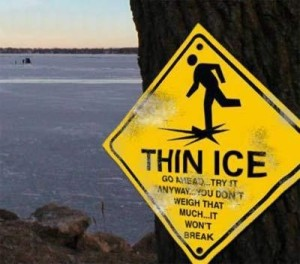 stupid_signs_thin-ice