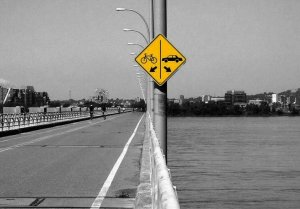 car-bike-bridge-sign