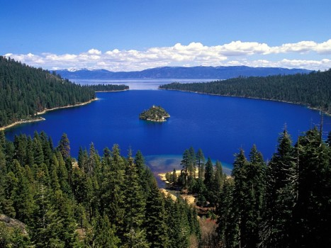 Emerald-Bay-Lake-Tahoe