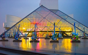 rock-and-roll-hall-of-fame-and-museum-lights