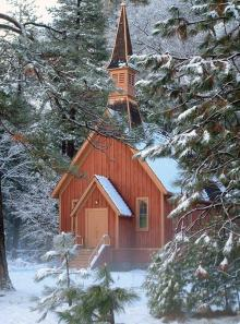 Yosemite-chapel-winter