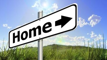 home-with-arrow